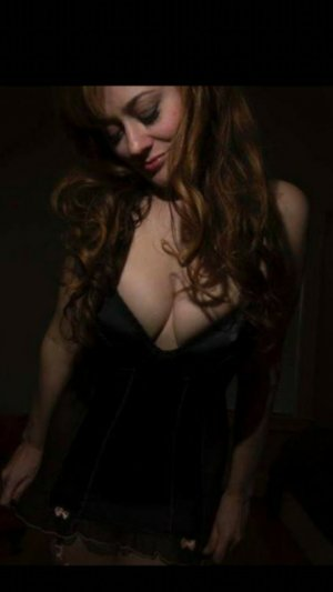 Lou-jeanne adult dating in Cape Canaveral