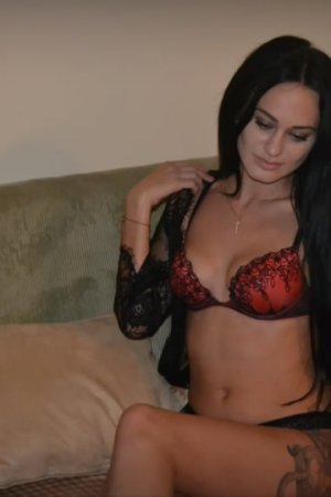 Rozana sex dating in Kingston Pennsylvania